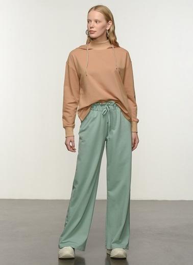 People By Fabrika People By Fabrika Kemer Detaylı Kadın Pantolon Yeşil